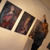 Marion Lucka: Ausstellungsaufbau in der Kunstgalerie im Alten Rathaus in Schwarzenbach/Saale (2014)